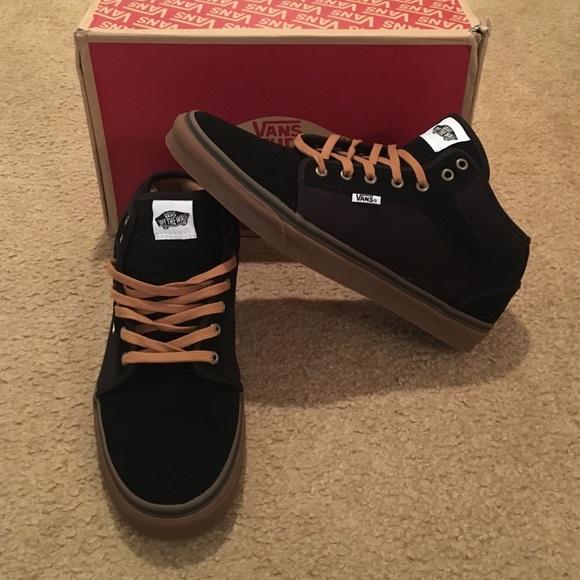 Vans Chukka Mid Top Two Tone Men's Shoes NWT