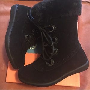 Jelly Beans Other - Jelly Bean Black Boots NWT