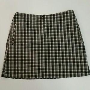 Cutter & Buck Dresses & Skirts - EUC Annika Cutter & Buck Size 8 Skort Navy & Gold