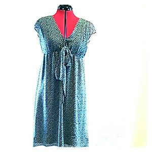 New York & Company Dresses & Skirts - Flowy dress