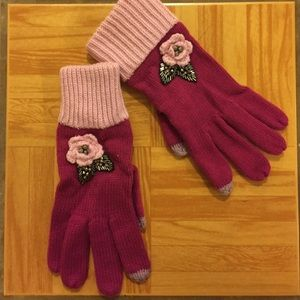 Accessories - NWOT Pink with Embellished Flower Tech Gloves