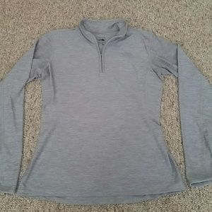 The North Face 1/4 Zip Pull Over