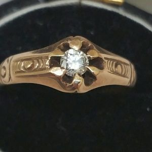 Jewelry - Antique Gothic 10k gold diamond Belcher ring