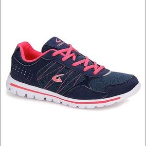 Shoes - Navy & Coral Zigzag Running Shoe size 6