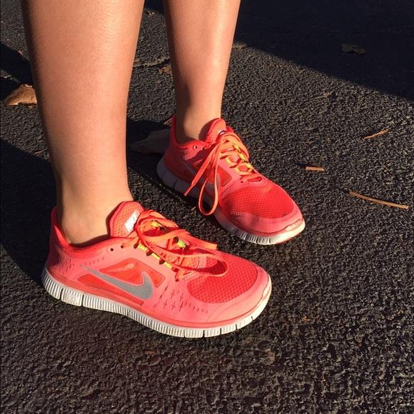 Nike Shoes Free Run 3 Neon Pink størrelse 8Poshmark Brugt Neon Pink Free Run 3 Athletic Poshmark