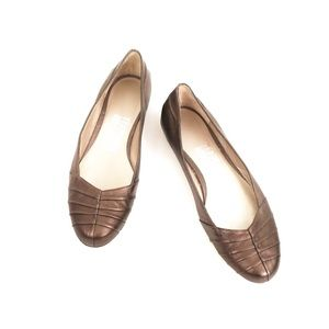 Salvatore Ferragamo Leather Flats