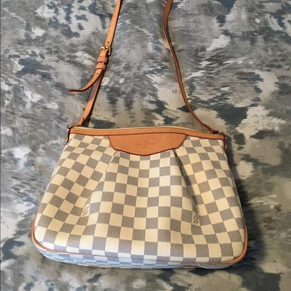 857171d0a19d30 Louis Vuitton Handbags - Authentic Louis Vuitton Damier Azur Siracusa PM