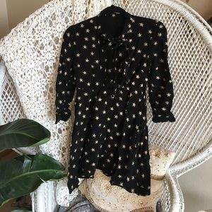 Dresses & Skirts - Black dress with gold stars