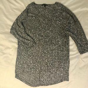 Moa Moa Tops - Heather grey v-neck half sleeve shirt