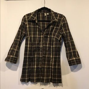 St. John's Bay Tops - Brown/tan button down, wrinkle look, 3/4 sleeve