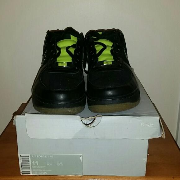 le scarpe nike air force 1 07 af1 82 44 poshmark