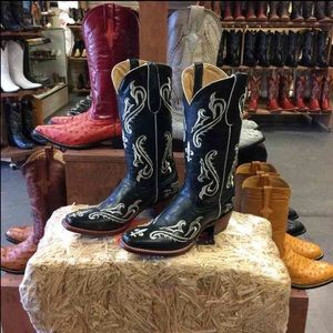 Women's Floral V-toe Boots
