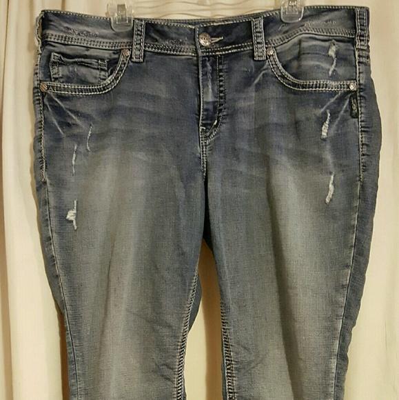 82% off Silver Jeans Denim - Silver Suki Joga jeans Size 18/31