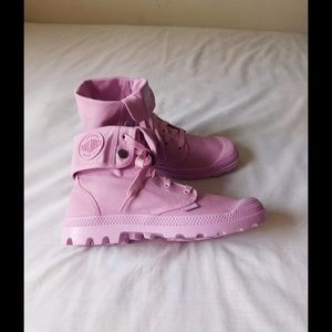 Palladium Shoes - Spectacular Lavender Palladium Canvas Boots