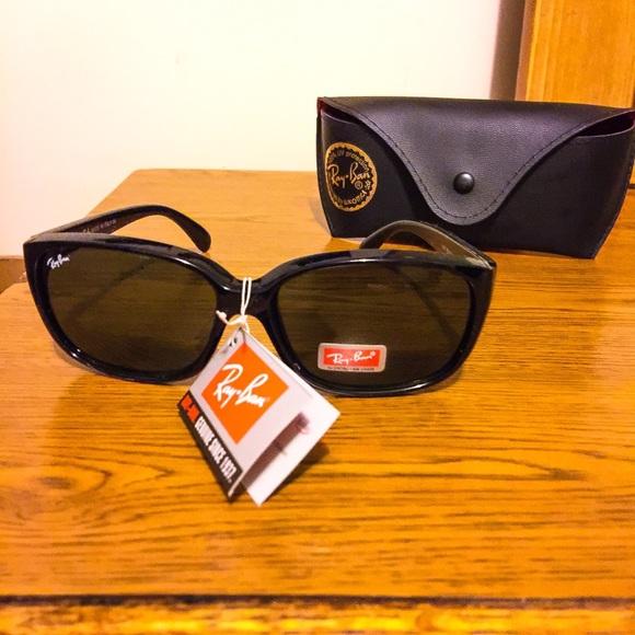 bcd1e922a0d Ray Ban Lei Peng Sunglasses!☀️