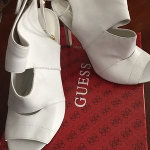 Guess Shoes - Brand New White Leather Heels
