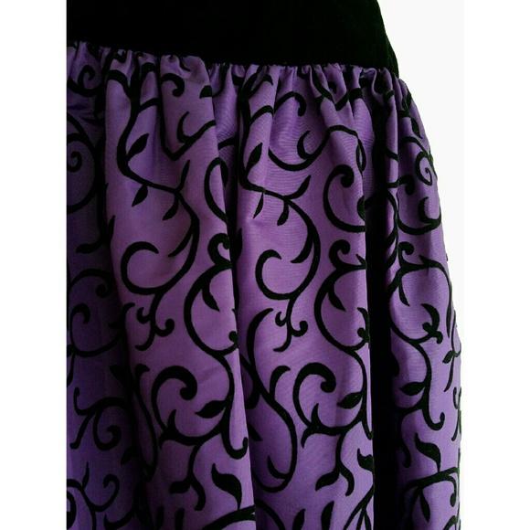 Vintage Dresses - NWT Vtg Black Velvet & Purple Taffeta Formal Dress