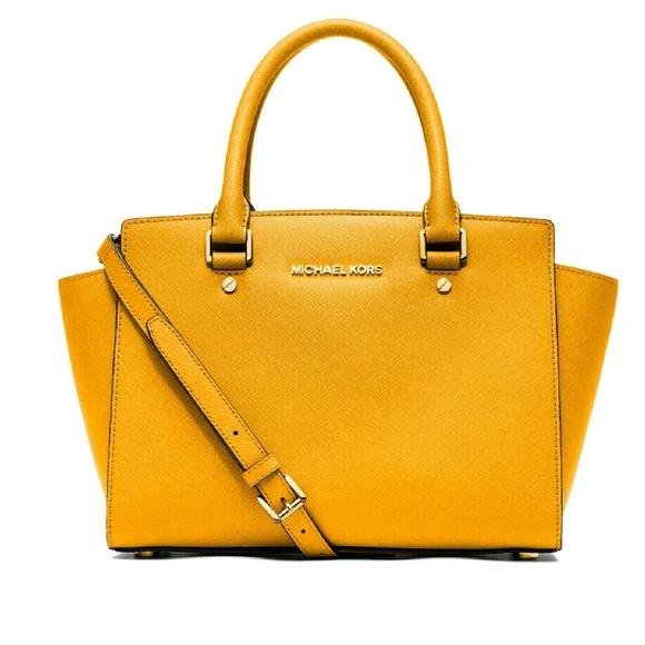 28d97907f1d7 Michael Kors Bags | Selma Leather Medium Yellow | Poshmark