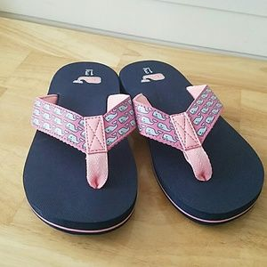 b564cc0ea Vineyard Vines Shoes - NWOT Vineyard Vines whale flip flops girls size 13