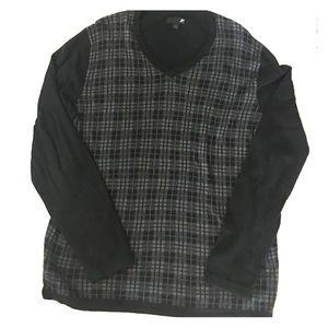 jf j.ferrar Other - V neck black and gray sweater XL