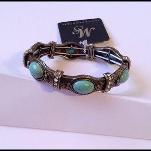 Jewelry - Rhinestone Turquoise Stretch Bracelet NWT