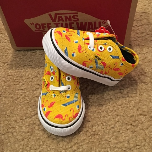 0b0a22b0329 Authentic Vans Cyber Yellow Pool Vibes sneakers