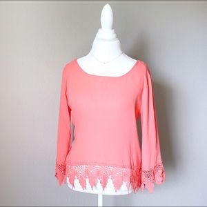 Tops - 💐 Coral Crochet Top 3/4 Sleeves