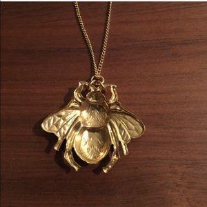 Vintage Jewelry - 🐝 vintage brass bee pendant charm necklace
