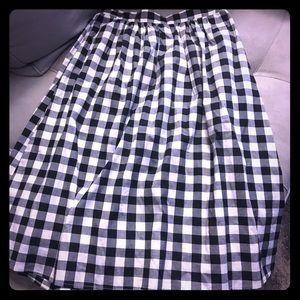 bobeau Dresses & Skirts - Small plaid checkered bobeau knee length skirt