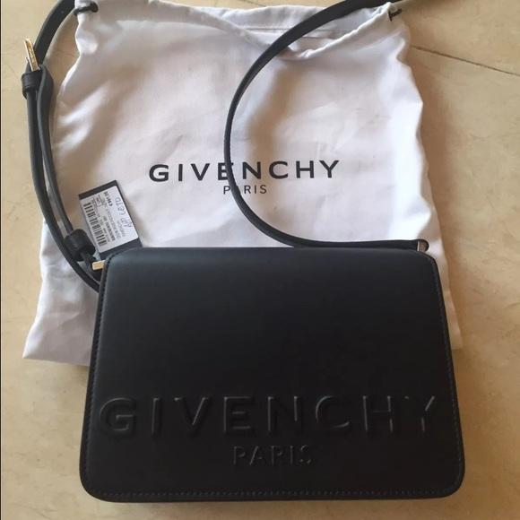 Givenchy Logo Bag 2a94a84a46afd