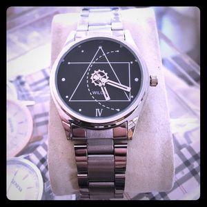 geneva Jewelry - Women's black face triangle watch