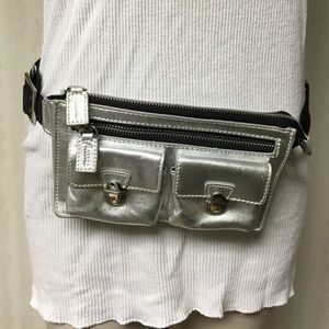 Ficcare Handbags - Leather Metallic silver fanny pack