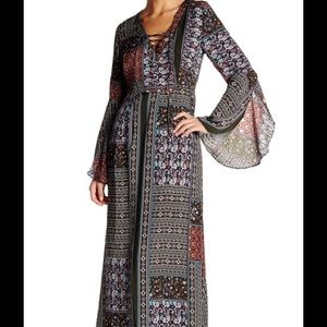 Meghan  LA     Bell Sleeve Dress