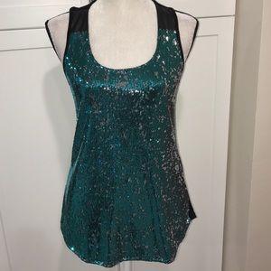 Beautiful sleeveless sequins  top