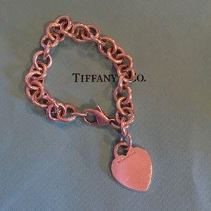 Tiffany & Co. Jewelry - AUTHENTIC Tiffany & Co. Classic Charm Bracelet