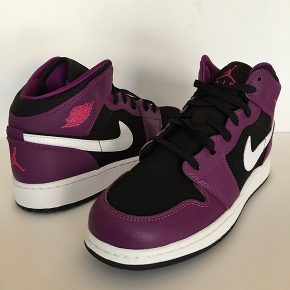 new concept 96493 70f6a Jordan Other - Nike Air Jordan 1 girl s size 6.5y (women s 8)