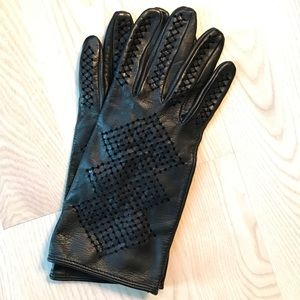 Zara Black Leather Cutwork Gloves