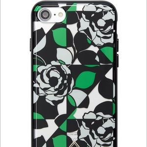 Vera Bradley Accessories - NWT Vera Bradley iPhone 7 Case in Imperial Rose