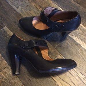 Miz Mooz Shoes - 💥Miz Mooz Black Leather Mary Janes