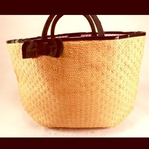Bath & Body Works Handbags - BATH & BODY WORKS NWT Straw Tote