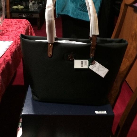 375952c42766 Lauren Ralph Lauren Handbags - BNWT Ralph Lauren Bainbridge Nylon Tote Black