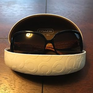 Coach Scarlett (HC8027) sunglasses in tortoise
