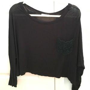 Black flowy top with pocket