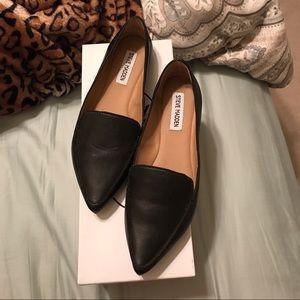 88feb6234b02 Steve Madden Shoes - Steve Madden Feather Black Flats