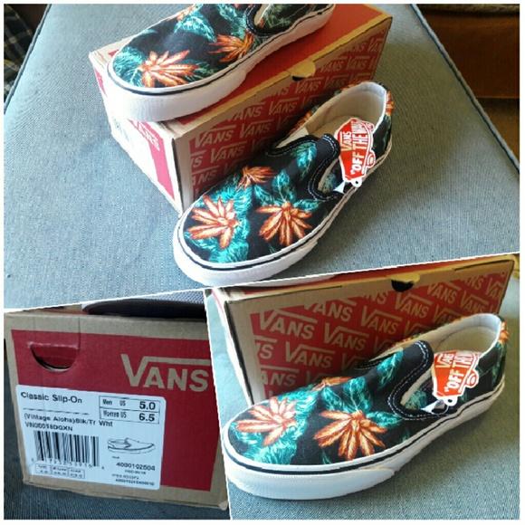 7b616b0093 VANS Classic Slip-On Vintage Aloha