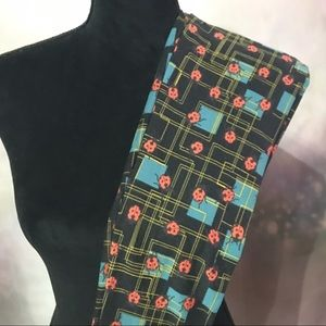 Lularoe OS NWT Leggings Lucky Ladybugs