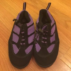 Other - New Girl's Water Shoes Size 1 Youth