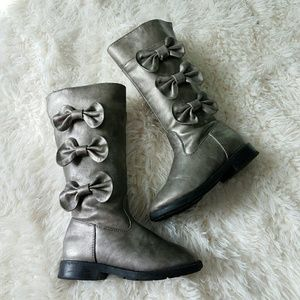 me too Other - KIDS | Me Too Tall Silver Gray Bow Boots size 9