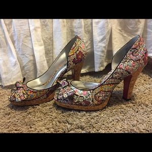 "Floral Print ""Unlisted"" Heels"