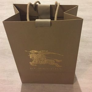 Burberry - Large Burberry Shopping bag from Danielle's closet on ...